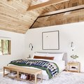 These Rustic Bedroom Lighting Ideas Prove Just How Chic Cozy Can Be