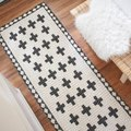 A Painted Jute Rug DIY You Can Easily Do This Weekend