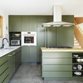 This Century-Old Bungalow Shows Minimalists How to Do Color