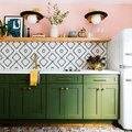 Retro Hues Inspire a Contemporary Kitchen