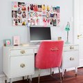 This Cheerful Home Office Is the Perfect Antidote to the Winter Blues