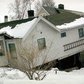 What Happens to Your Home in an Earthquake?