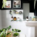 Tbh, We're Kind of Obsessed With These Striking Black-and-White Bathroom Ideas