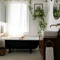 Turn Back the Hands of Time With These Vintage Bathroom Lighting Ideas