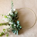 11 DIY Minimalist Wreaths Guaranteed to Dress up Your Home