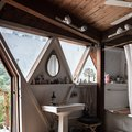 7 Bathroom Window Ideas That Will Make Your Space Feel Heavenly