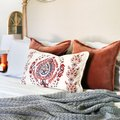 BRB, Just Daydreaming About These 12 Cozy Fall Bedroom Decor Ideas