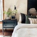 Industrial Lighting and Relaxing Bedrooms Can Indeed Co-Exist, Here's Proof