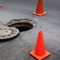 How to Remove a Manhole Cover