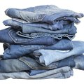 How to Wash Denim in Vinegar