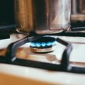 How to Lift the Top of a Gas Range