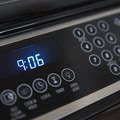 How to Set the Clock on a Kenmore Oven