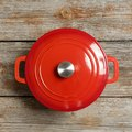 How to Clean Porcelain Enamel Cookware