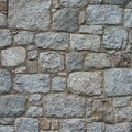 How to Make a Faux Stone Wall With Joint Compound