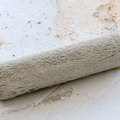 How to Apply Joint Compound With Paint Roller