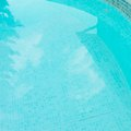 How to Fix the Auto Fill on a Swimming Pool