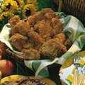 How to Reheat Fried Chicken in a Convection Oven