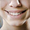 How to Remove Yellow Stains on Teeth at Home