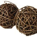 How to Decorate With Grapevine Balls