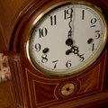 How to Remove a Clock Face for Repair
