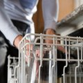 How to Stop White Residue on Dishes From a Dishwasher