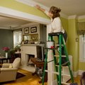 How to Create Faux Crown Molding With Paint