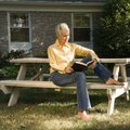 How to Paint a Picnic Table