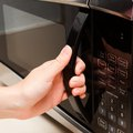How to Test the Magnetron in a Microwave Oven
