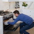 How to Use a Gas Oven