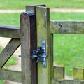 How to Adjust Grass Hinges