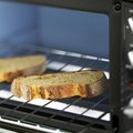 How to Clean Scorch Marks off a Toaster Oven