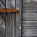 How to Make Wood Look Like Barn Wood