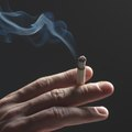 How to Get Rid of Cigarette Smoke With Apple Cider Vinegar