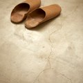 How to Clean & Shine Cement Floors