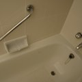 How to Clean and Restore Shine to a Fiberglass Tub