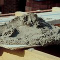 How to Mix Portland Cement With Sand
