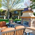 How to Build Outdoor Fireplaces With Pavers