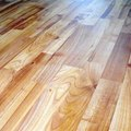 How to Lay New Laminated Floor Over Vinyl