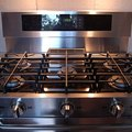 How to Remove Scratches & Stains From a Stainless Steel Cooktop