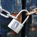 How to Open a Broken Lock