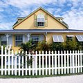 How Much Does it Cost to Fence a Yard?
