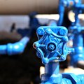 How to Loosen a Water Supply Valve