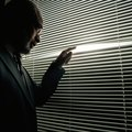 How to Make a Fake Window Using Electroluminescent Sheets