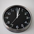 How to Adjust a Howard Miller Clock