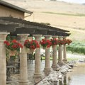 How to Understand the Parts of a Pergola