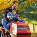 How to Adjust the Deck on a Troy-Bilt Lawn Mower