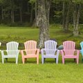 How to Restore Plastic Lawn Chairs