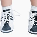 How to Take Stains Off Shoelaces