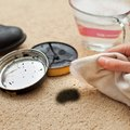 How to Remove Shoe Polish From Carpet