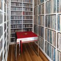 Vinyl-Loving Book Nerds: This House Is Your Paradise